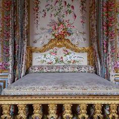 Marie Antoinette's bed, Versailles.