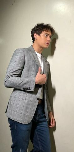 Enrique Gil, Liza Soberano, My Ex And Whys, Just The Way, Actors, Model, Scale Model, Models