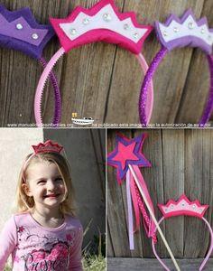 A casi todas las niñas les encanta disfrazarse de princesa, en este tutorial ,Kristin nos explica paso a paso cómo podemos hacer una corona de princesa con fieltro de la forma mas sencilla para completar su disfraz.  Materiales: Una...