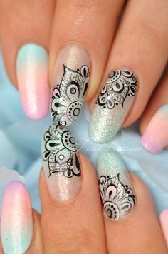 nail art mandala pastel