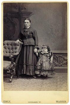 Victorian Curiosity The Tiny Woman Circus Sideshow Freak Show Freakshow