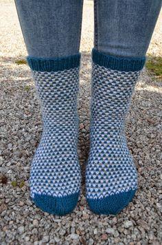 Hennin Höpötyksiä: villasukat