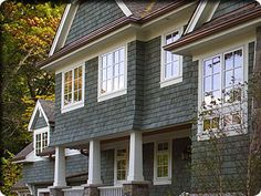 Cedar Shake Vinyl Siding Colors | from the texture and random sizes of real cedar shingles , Cedar ...