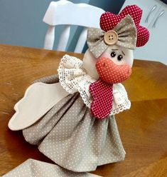 Chicken Crafts, Fabric Dolls, Handmade Toys, Fall Crafts, Diy Gifts, Sewing Crafts, Cow, Creations, Crafty
