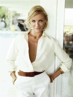 Clean lines, structured but comfortable, white shirt. Yeah, that's my style. Cameron Diaz and I have so much in common! Look Fashion, Fashion Models, Fashion Beauty, Spring Fashion, Fashion Design, Fashion Tag, White Fashion, Curvy Fashion, Fashion Trends