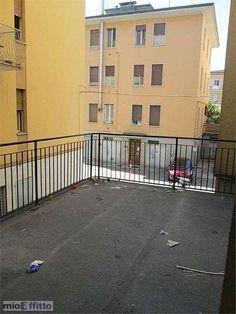 Trilocale con terrazzo F.lli rosselli - 2682713 - Mioaffitto.it