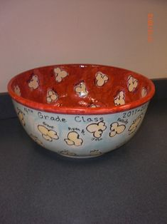 popcorn bowl - for silent auction class project Classroom Auction Projects, Class Art Projects, Art Classroom, Group Projects, School Auction Baskets, Silent Auction Baskets, Auction Items, Art Auction, Popcorn Bowl