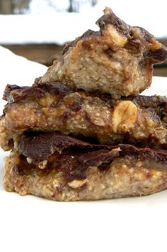 RAW VEGAN GF SNICKERS: Melt-in-your-mouth chocolate, gooey caramel, crunchy peanuts, and soft nougat all wrapped together into a satisfying bar of yumminess!