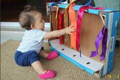 Infant Activities, Preschool Activities, Thing 1, Baby Art, Play To Learn, Sensory Play, Baby Crafts, Diy Toys, Kids Learning