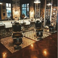 delfornotilesandtimber When you need that extra something to take your project to the next level talk to our design experts at Delforno Tiles and Timber. Herringbone meets brick and our beautiful pattern floor tiles @tom_winters_barbers North Main Street, Cork. The place looks fantastic and their feed is well worth a look.