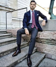 Suit Fashion, Mens Fashion, Dress Socks, Dress Clothes, Sheer Socks, Black Socks, Suit And Tie, Well Dressed Men, Business Outfits