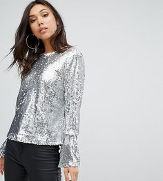 Get this PrettyLittleThing's embroidered top now! Click for more details. Worldwide shipping. PrettyLittleThing Sequin Top - Silver: Top by PrettyLittleThing, Sequinned fabric, Metallic finish, Crew neck, Flared cuffs, Regular fit - true to size, Machine wash, 100% Polyester, Our model wears a UK 8/EU 36/US 4 and is 174cm/5'8.5 tall, Exclusive to ASOS. PrettyLittleThing fast tracks your look into the new season with its trend-led dresses and separates. Your search for everyday wardrobe…