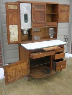 Oak Hoosier Sellers Kitchen Cabinet W Flour Bin, Glassware, Slag Glass Doors