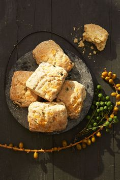 Fluffy Apple-Cheddar Biscuits - GoodHousekeeping.com