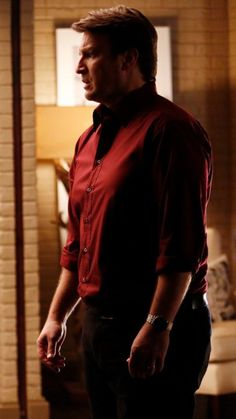 Castle in a red shirt. Excuse me. Castle Tv Series, Castle Tv Shows, Best Tv Shows, Favorite Tv Shows, Richard Castle, Nathan Fillion, Stana Katic, Red Shirt, My Love