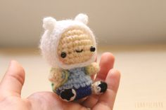 Cute plush of finn, character of the animation Adventure time    {{{PRODUCT INFORMATION}}} ♥ This made in crochet (hook) with the amigurumi