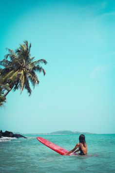 The first thing I do every morning is go online to check the surf. If the waves are good, I'll go surf. Beach Pink, Beach Bum, Summer Beach, Pink Summer, Summer Diy, Bikini Beach, Surfs Up, Summer Pinterest, Summer Vibes