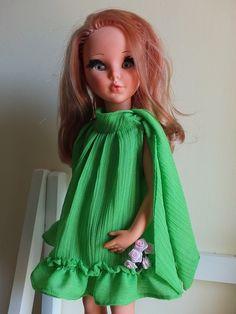 """Sheila con vestito """"CHARLESTON""""  8714  dal catalogo ALTA MODA FURGA 1966 (riproduzione)"""
