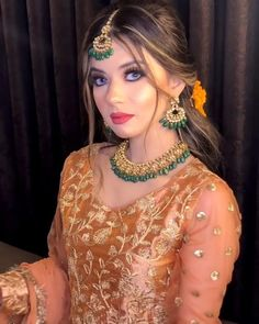 Pakistani Wedding Dance, Bridal Hairstyle Indian Wedding, Pakistani Party Wear Dresses, Indian Bridal, Bridal Dresses, Stylish Dress Designs, Stylish Dresses, Fashion Dresses, Indian Wedding Photography Poses
