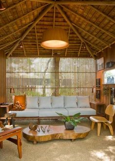 brazilian tree house - indoors How the Home Architecture regenerates itself according to Bamboo House Design, Tropical House Design, Tropical Houses, Rest House, House In The Woods, Bamboo Wood Flooring, Bamboo Building, Bamboo Structure, Bamboo Architecture