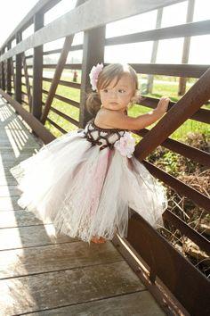 Adorable little girl wearing a flower girl dress (with a white tutu) Princess Tutu Dresses, Flower Girl Dresses, Flower Girls, My Princess, Little Princess, Tulle Dress, Lace Dress, Beautiful Babies, Cute Kids