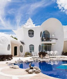 The Most Popular Airbnbs Around the World