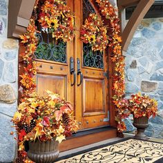 Welcome Fall with a gorgeous harvest collection of Pre-Lit Sunflower Fall florals.