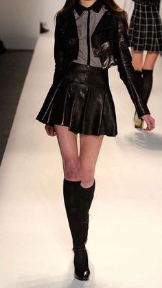 Look Fashion, 90s Fashion, Runway Fashion, Korean Fashion, High Fashion, Fashion Outfits, Womens Fashion, Fashion Design, Stage Outfits