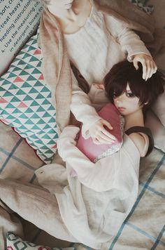 - by *三日月(micazuki)☞담요(blanket)* on Flickr.