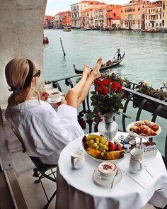 voyage on Webstaqram Travel Around The World, Around The Worlds, Places To Travel, Places To Go, Beach Vibes, Travel Aesthetic, Venice Italy, Venice Hotel, Luxury Life