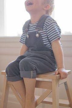 Latzhose Liebling Latz Schnittmuster und Anleitung - Nähanleitungen bei Makerist