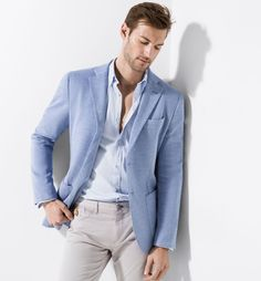 SKY BLUE PIQUÉ BLAZER - men - Massimo Dutti Dan Murphy The Effective Pictures We Offer You About Blazer Outfit casual A quality picture can tell you many things. You can find the most beautiful pictur Blue Blazer Outfit Men, Sky Blue Blazer, Light Blue Blazers, Blazer Outfits Casual, Sky Blue Suit Jacket, Tan Blazer, Cocktail Dress For Men, Linen Suits For Men, Moda Formal