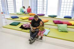Este maravilloso proyecto de la biblioteca pública en Stuttgart, Alemania le fue encargado a deArquitectos Yi. El costo de su construcción ascendió a 80 millones de euros y el proyecto fue dado tres años.
