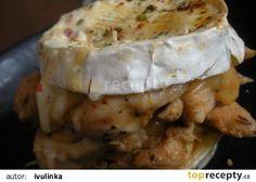 Kuřecí medailonky pod hermelínovou čapkou recept - TopRecepty.cz 4 Ingredients, Camembert Cheese, Mashed Potatoes, Dairy, Treats, Chicken, Ethnic Recipes, Food, Whipped Potatoes