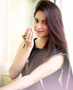 Jannat Zubair Rahmani is Indian One Of Cutest Actress and Tiktok Star Now. Jannat Zubair Rahmani Images Are So Cute And At Same Time Hot. Sonam Kapoor, Deepika Padukone, Teen Celebrities, Celebs, Bollywood Celebrities, Bollywood Images, Calcutta, Fitness Motivation, Stylish Girl Images