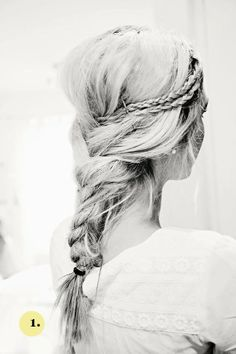 Here is some inspiration for boho summer braids. Since my hair is so long, I love to play around with new braided hairstyles. Braids have a. Good Hair Day, Love Hair, Gorgeous Hair, Pretty Hairstyles, Braided Hairstyles, Summer Hairstyles, Hairstyle Ideas, Boho Hairstyles Medium, Hairstyle Pictures