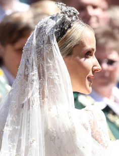 courtjeweller: Wedding of Prince Ernst August Jr of Hanover and Ekaterina Malysheva, Hanover Market Church, July side view of the Hanover Floral Tiara and the heavily embroidered and beaded veil worn by the bride Royal Wedding Gowns, Royal Weddings, Wedding Dresses, Wedding Veils, Uk Fashion, Royal Fashion, Ernst August, Royal Brides, Civil Ceremony