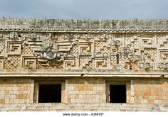 the-palace-of-the-governor-puuc-architectural-style-at-uxmal-maya-a9nh9t.jpg (640×449)