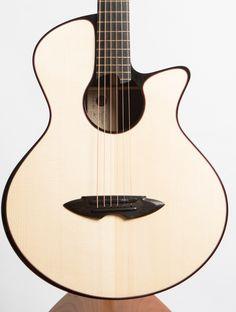 Casimi C1 Indian Rosewood / Carpathian Spruce - The North American Guitar