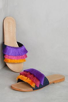 Best Women's Shoes From Casual To Designer Collections - Handmade Mystique Saturated Slides. Classic summer slides with a bold and bright layered fringe twist. Slide Sandals, Shoes Sandals, Fringe Sandals, Greek Sandals, Black Sandals, Frauen In High Heels, Shoe Boots, Shoe Bag, Shoes 2017