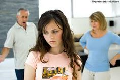 Are you finding it hard bringing up your teenager? If yes, you do not have to worry anymore because this article provides a comprehensive guide on how to bring your teenager in the right way. Parenting Teenagers, Parenting Classes, Parenting Teens, Parenting Hacks, Mindful Parenting, Parenting Articles, Peaceful Parenting, Foster Parenting, Gentle Parenting