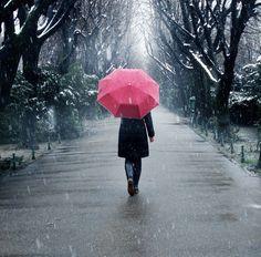 Walking alone in the rain Whole Lotta Love Rain Boy Walking, Walking In The Rain, Walking Alone, Miguel Angel, Girl In Rain, Lonely Girl, Love Rain, Red Umbrella, Don Juan