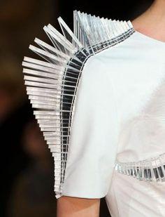 Iris Van Herpen Haute Couture, Spring Summer 2012,Details!!