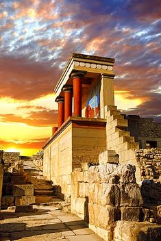 Arthur Evans reconstruction of the North Propylaeum, Knossos, Minoan archaeological site, Crete, Greece, Europe