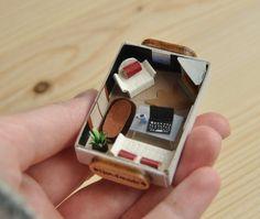 комната Matchbox Crafts, Matchbox Art, Diy Arts And Crafts, Fun Crafts, Diy For Kids, Crafts For Kids, Mini Doll House, Miniature Crafts, Miniature Dolls
