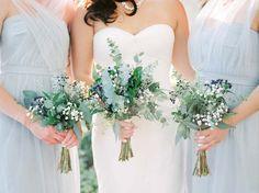 The prettiest minimalist bouquets.