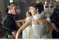 Jonathan Rhys Meyers as Henry VIII and Natalie Dormer as Anne Boleyn (The Tudors - episode 4)