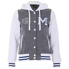 blusas de moletom feminina Mooncity Warm Outfits, Pretty Outfits, Cool Outfits, Fashion Mode, Fashion Outfits, Football Outfits, Cute Jackets, Hoodie Jacket, Look Cool