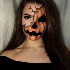 Looking for for ideas for your Halloween make-up? Browse around this website for cute Halloween makeup looks. Visage Halloween, Cute Halloween Makeup, Halloween Makeup Looks, Up Halloween, Costume Halloween, Pumpkin Costume, Pretty Halloween, Halloween Face Paint Scary, Halloween Pumpkin Makeup