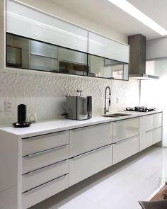Design kitchen, modern kitchen design, kitchen remodel, modern kitchen ca. Kitchen Room Design, Kitchen Cabinet Design, Modern Kitchen Design, Home Decor Kitchen, Interior Design Kitchen, Kitchen Furniture, Cheap Furniture, Furniture Stores, Kitchen Ideas